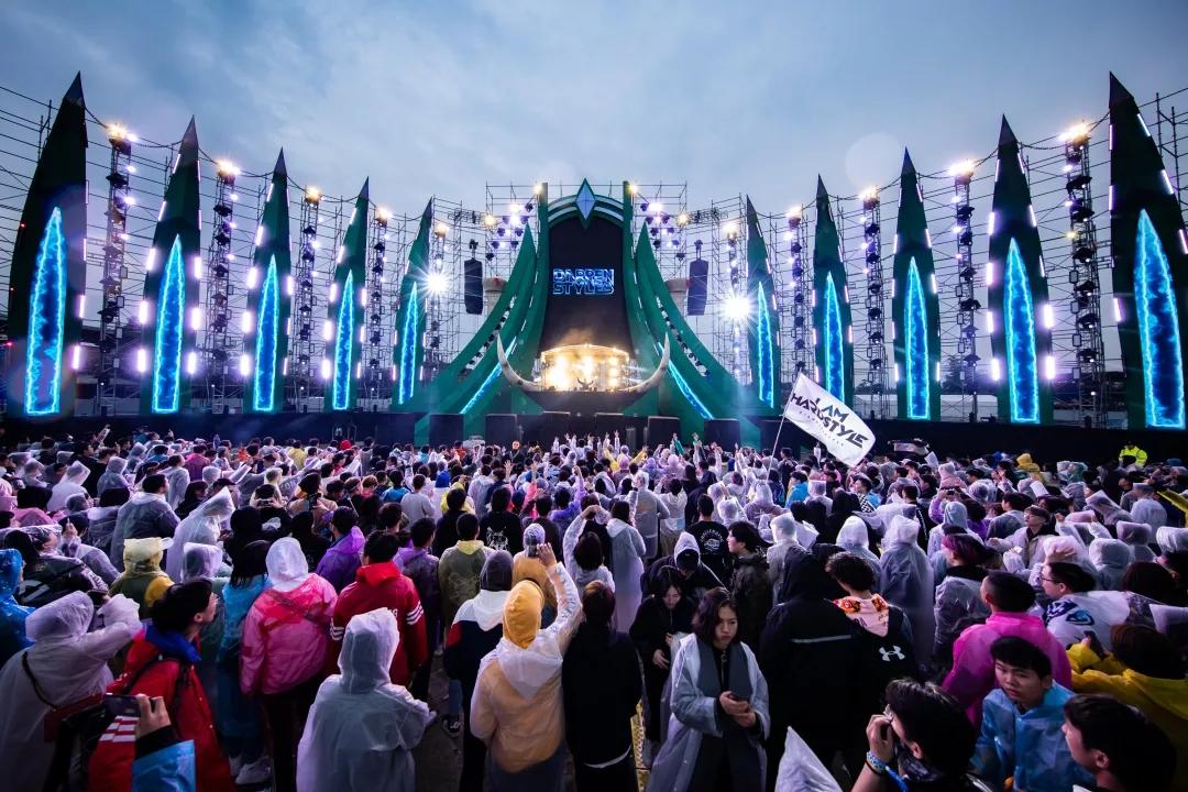 恒隆演艺打造三大顶级舞台,助力丛林音乐节完美收官!图片